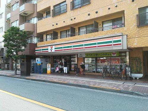 セブンイレブン 三鷹駅南通り店の画像