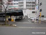 三徳新宿本店駐車場