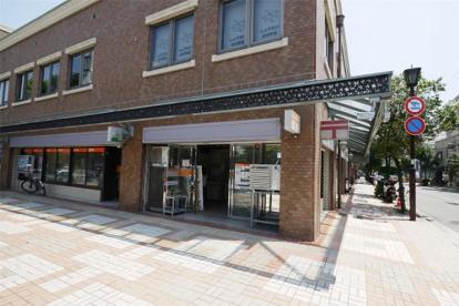 芦屋駅前郵便局の画像2