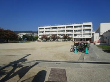 箕面市立箕面小学校の画像5