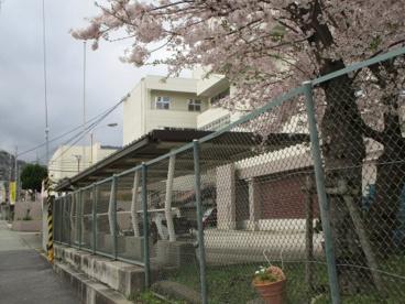 箕面市立第二中学校の画像5