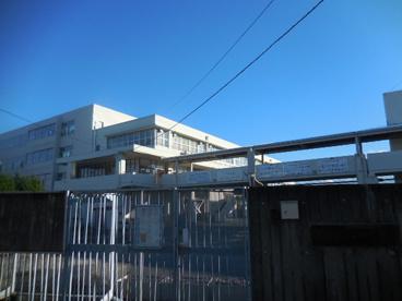 箕面市立第四中学校の画像2