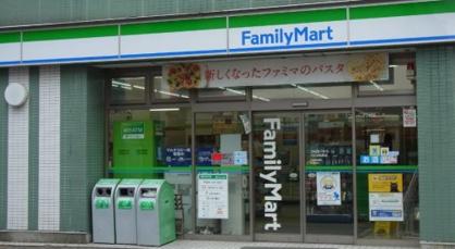 ファミリーマート市川妙典駅店の画像1