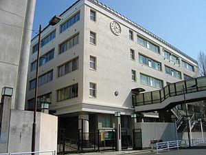 上野高校の画像1