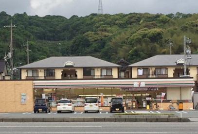 セブン-イレブン 下関長府警察署前店の画像1