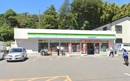 ファミリーマート市川大野駅前店の画像1