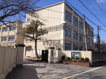 京都市立 嵯峨中学校の画像1