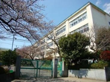 杉並区立井草中学校の画像1
