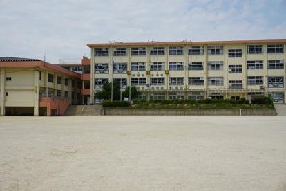 福岡市立東花畑小学校の画像1