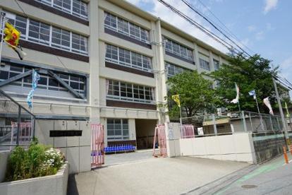 福岡市立西花畑小学校の画像1