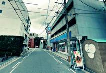 ローソン 薬院伊福町店