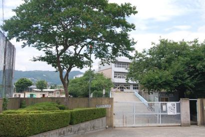 箕面市立 南小学校の画像1