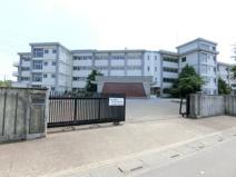 鶴ヶ島市立藤中学校