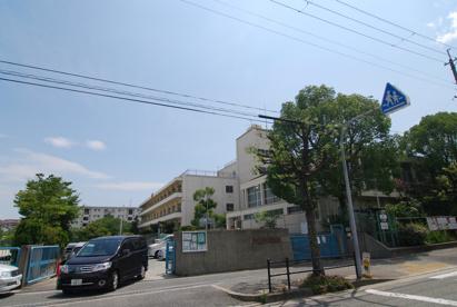 箕面市立 豊川南小学校の画像1