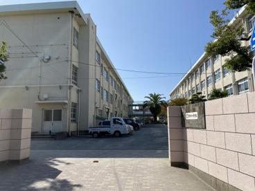 福岡市立宮竹小学校の画像1