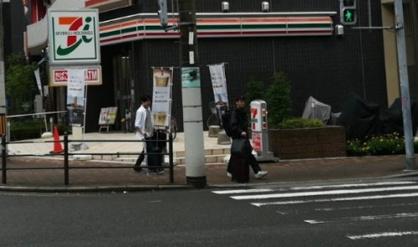 セブン-イレブン大阪島町2丁目店の画像1