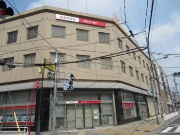 三菱UFJ銀行 鴻池新田支店の画像1