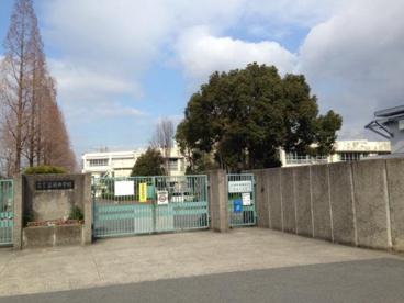 和泉市立富秋中学校の画像1