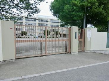 杉並区立荻窪中学校の画像1