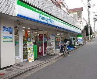 ファミリーマート 笹塚三丁目北店の画像1