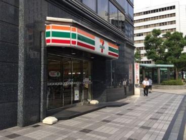 セブンイレブン 堺筋本町南店の画像1