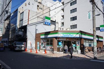 ファミリーマート伏見町二丁目店の画像1