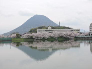 坂出市立坂出中学校の画像1