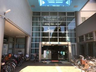 高津図書館の画像1