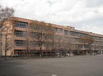 鶴ケ島市立南中学校