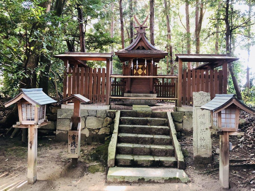 増御子神社(ますみこじんじゃ)の画像