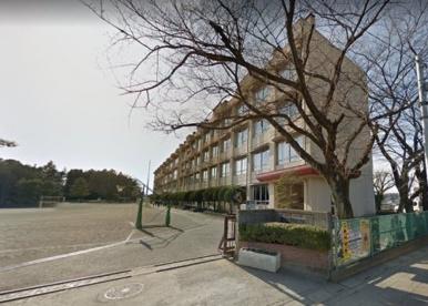 霞ヶ関西小学校の画像1