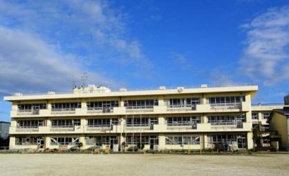 越谷市立川柳小学校の画像1