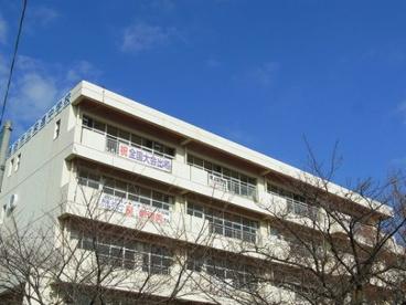 越谷市立栄進中学校の画像1