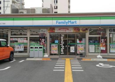 ファミリーマート淀川田川店の画像1