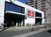 ユニクロ 草加花栗店