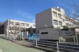 神戸市立西脇小学校。