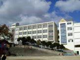 神戸市立塩屋小学校。