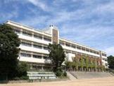神戸市立多聞東中学校。