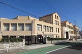 神戸市立西須磨小学校。