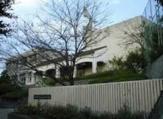 神戸市立神の谷小学校。