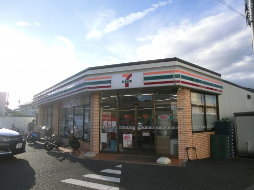 セブンイレブン横須賀林1丁目店の画像