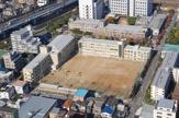 神戸市立鷹取中学校。
