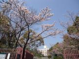 神戸市立横尾中学校。
