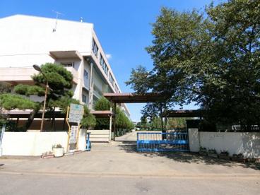 霞ヶ関東中学校の画像1
