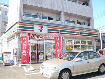 セブンイレブン帝京大前店の画像1