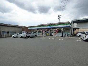 ファミリーマート 博多諸岡三丁目店の画像1