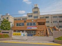 越谷市立東中学校