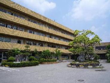 越谷市立中央中学校の画像1