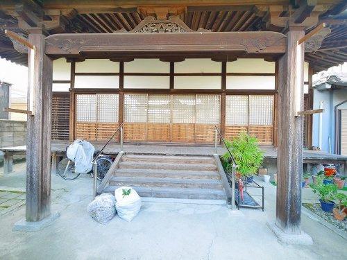 楢興願寺の画像
