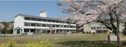 秋元小学校の画像1